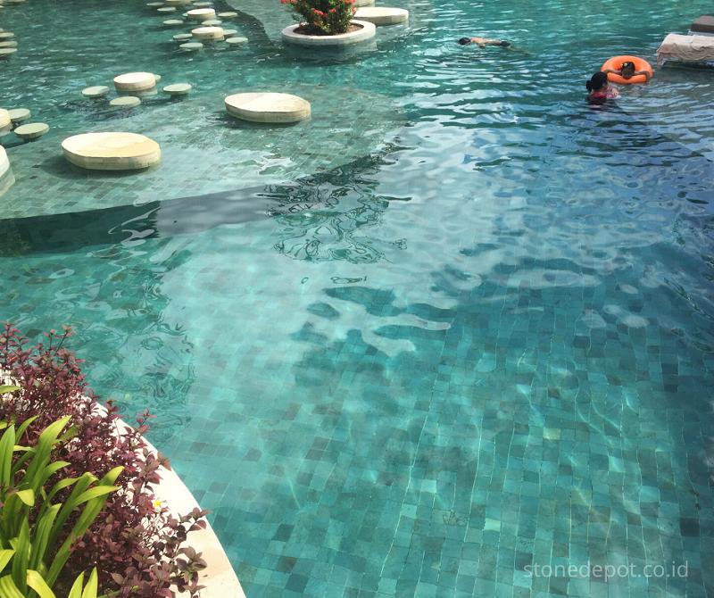 swimming-pool-green-sukabumi-stone