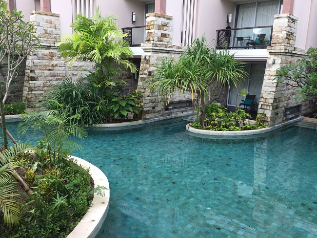 luxury-pool-green-sukabumi