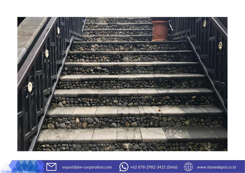 candi-lava-stone-stairs-at-mesastila-resort-magelang (2)